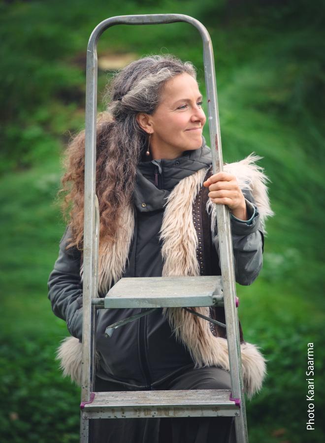 """Elina Kirt """"Sõõm metsaõhku. Metsalood"""" raamatu ideeline konsultant"""
